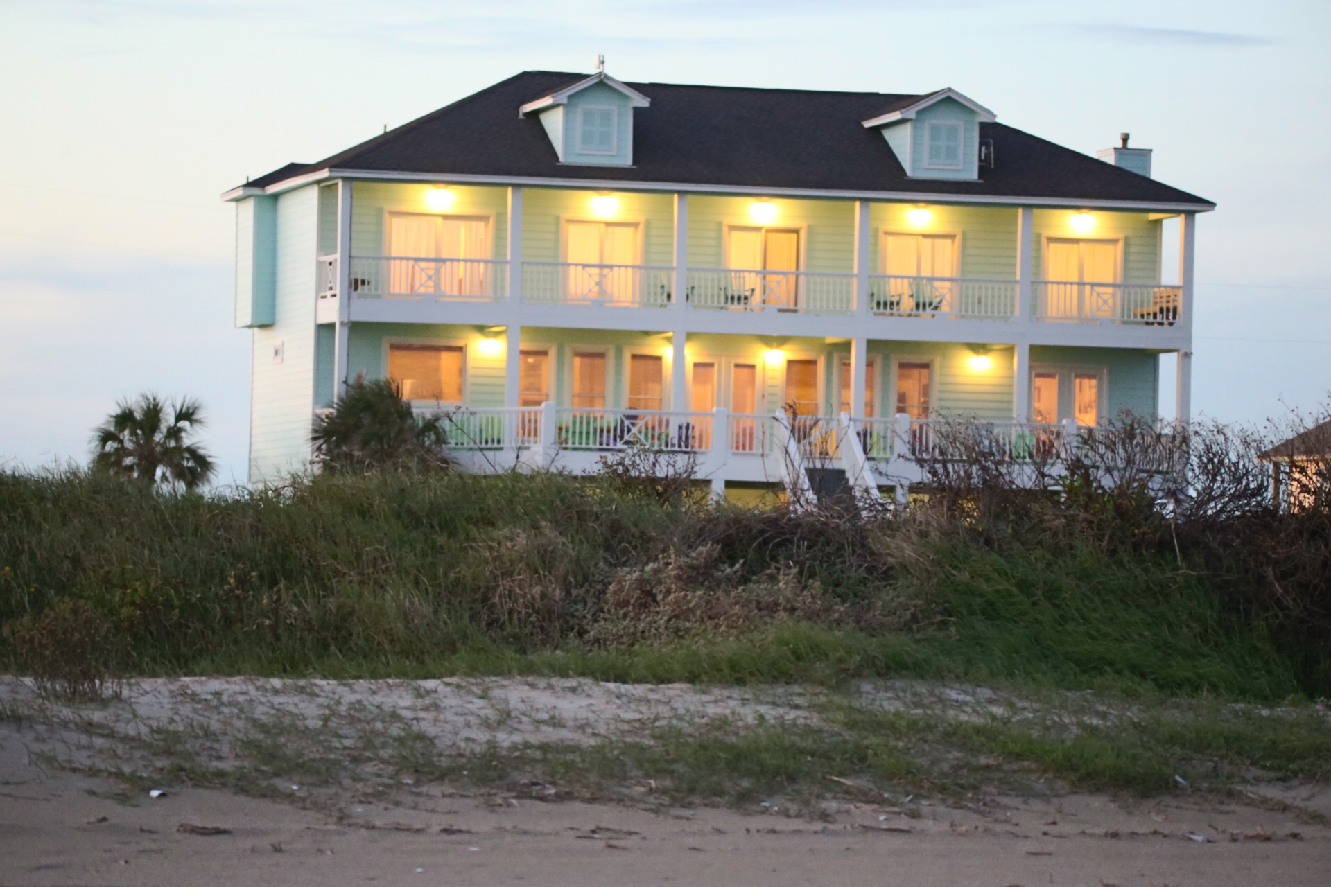 The Ritz of Crystal Beach | Photo 3