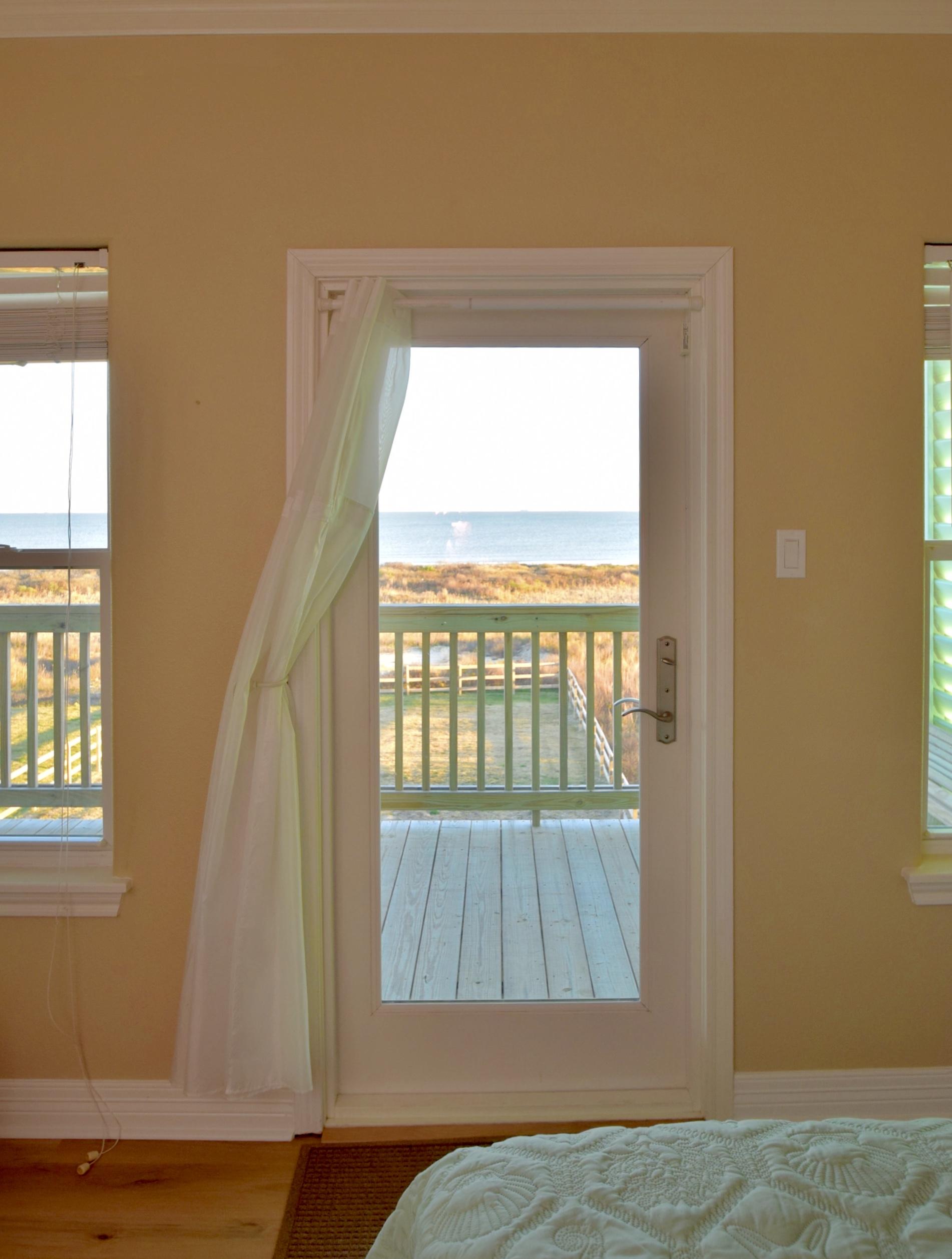 Beachfront Breeze | Photo 33