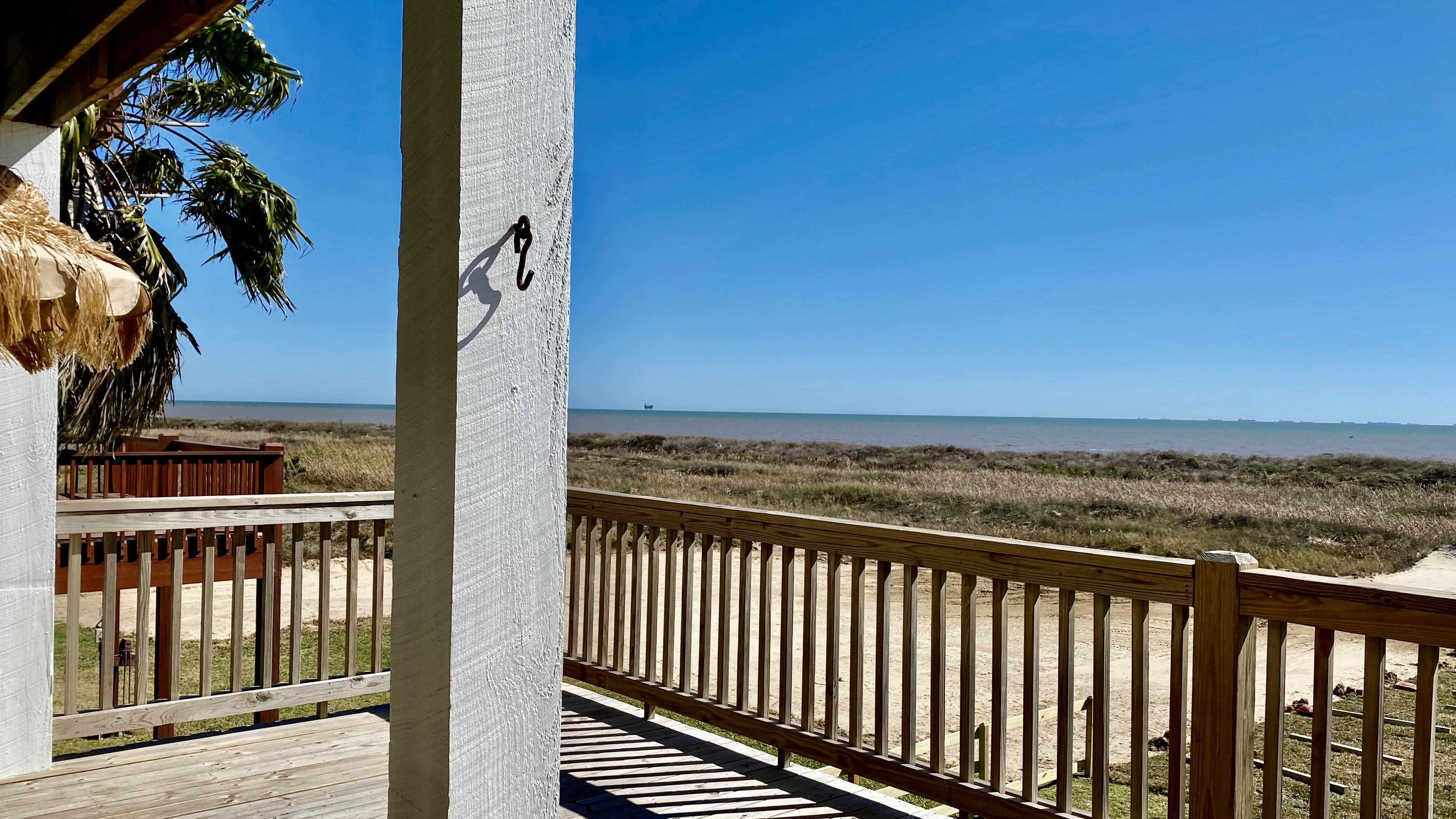 Beachfront Breeze   Photo 16