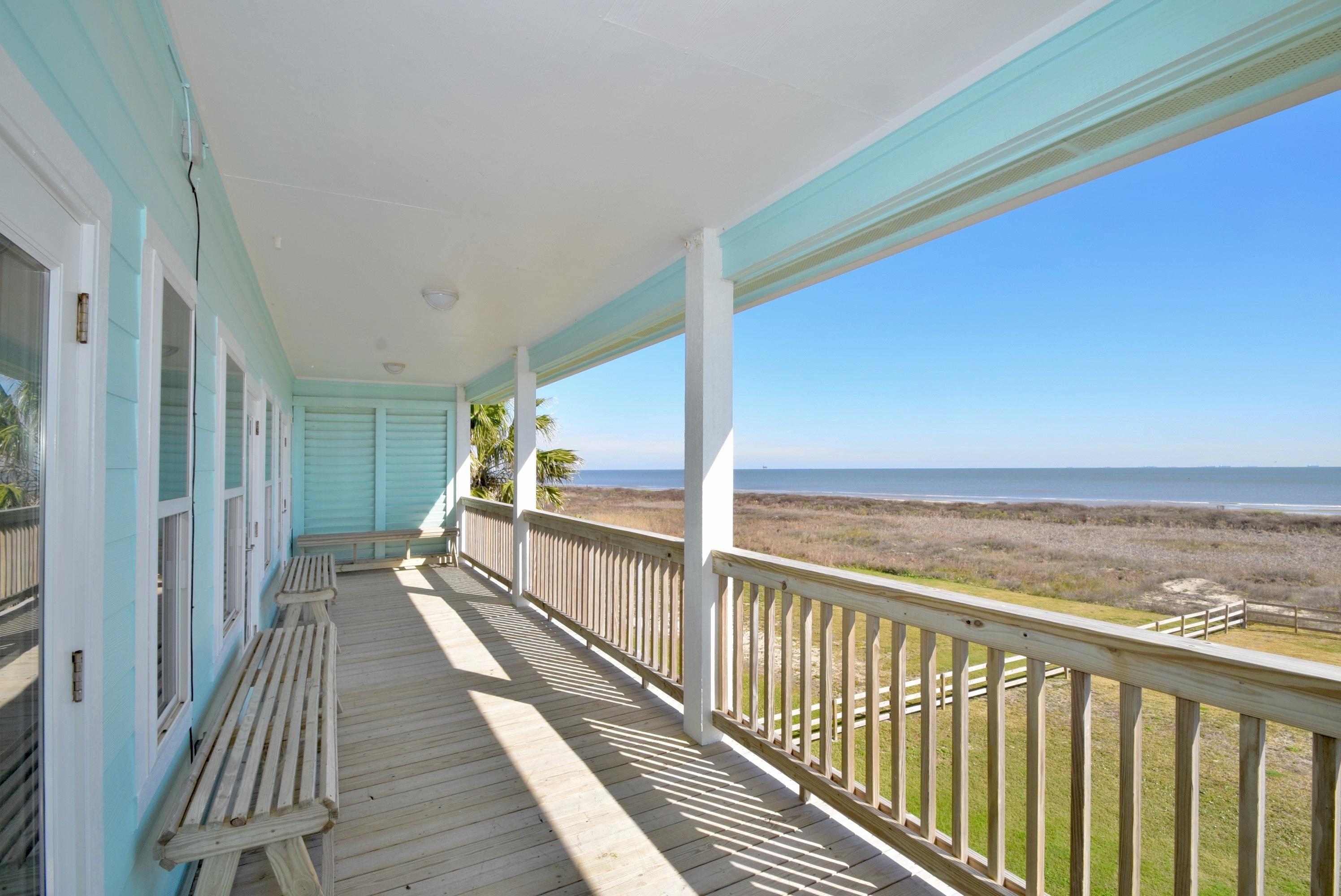 Beachfront Breeze | Photo 11