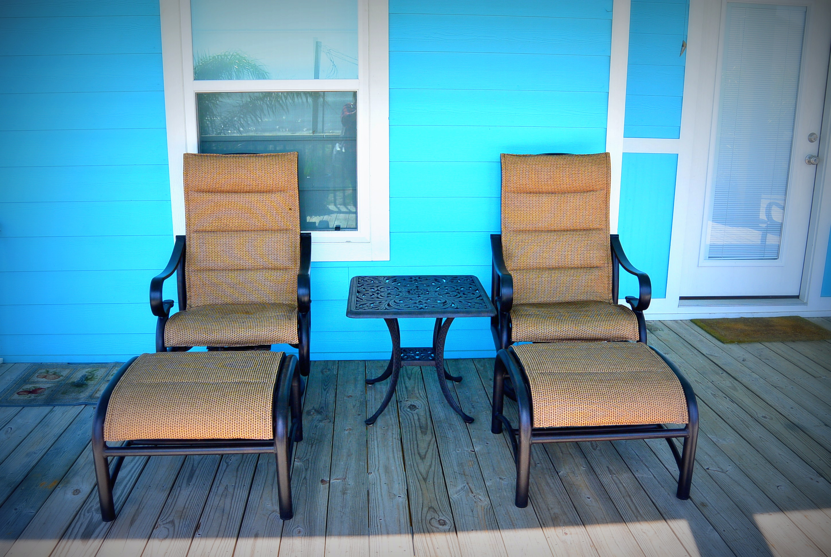 A Lil' Peace of Heaven deck chairs