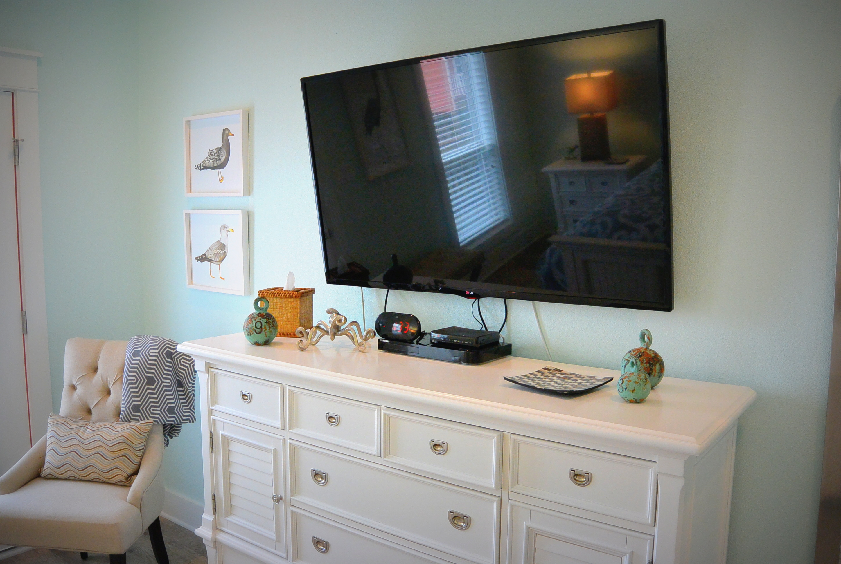 At Water's Edge master bedroom tv