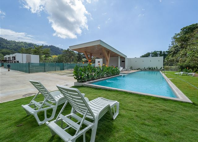 Foresta Residences Semi-Olympic Pool
