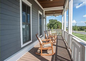 Carlton Landing Cottage rental - Exterior Photo - Front Porch
