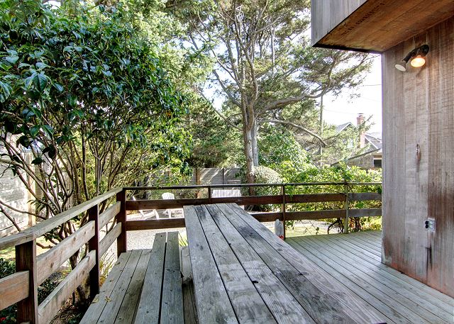 Beachwood - Cannon Beach Property Management