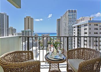 ワイキキ・パーク・ハイツ (Waikiki Park Heights) #1805