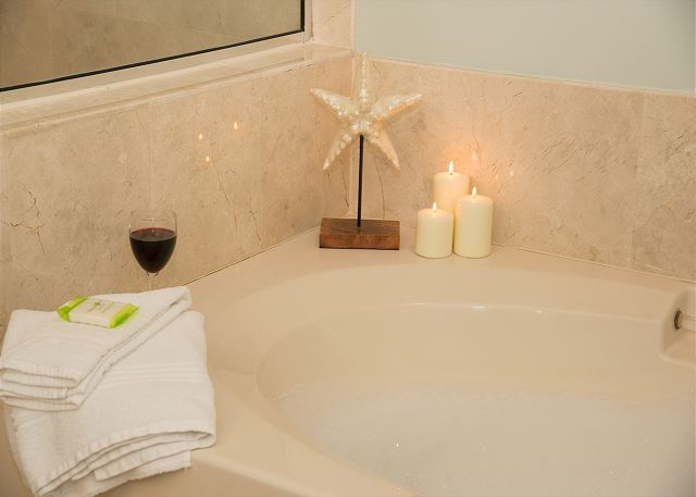 Private Jacuzzi Bath in Master Bathroom