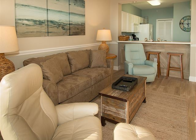 Gulf 514 offers all the comforts of home with peaceful and serene decor.