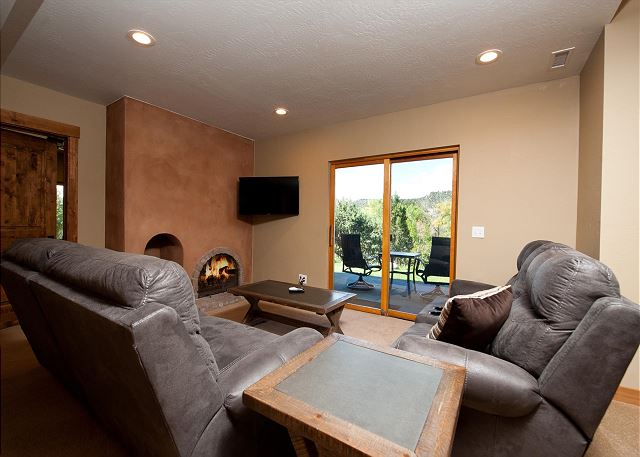Extra living space with TV and fireplace