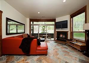 New Luxury Condo Steps to Lifts - Views - Corner Unit