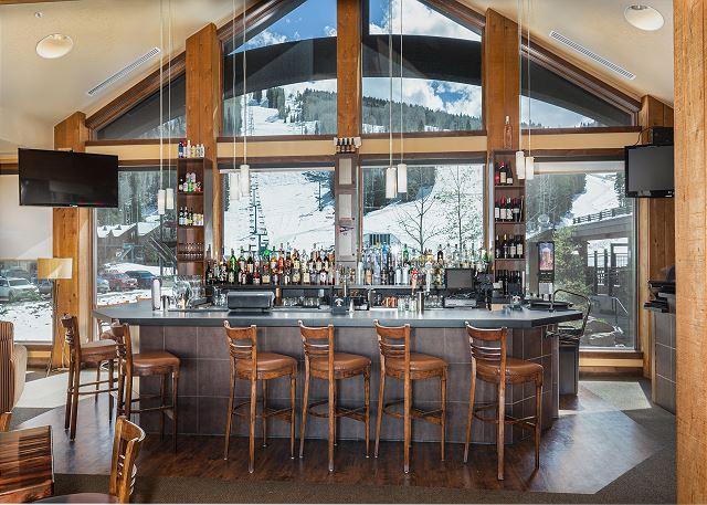 Durango Mountain Club - 2nd Floor - Bar, restaurant and game room