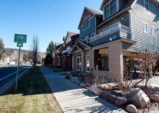 Durango, CO vacation rental condo steps to downtown Main Avenue!