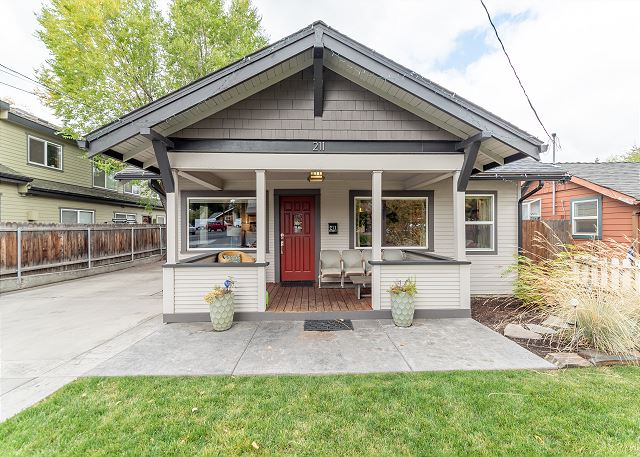 New Listing! Stunning Bend Bungalow - Walk to Downtown