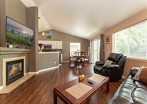 New Listing! Furnished 30+ day rental close to Old Mill!