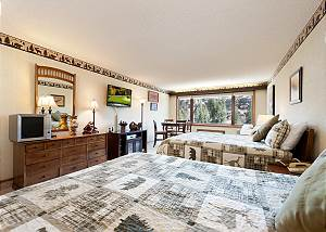 Tamarron Lodge #236 - Mtn Views - Golf - AC/Pool/Hot Tub - Ski Shuttle