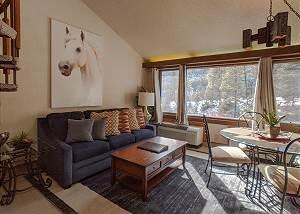 Tamarron Lodge #314 - A/C - Golf - Shared Pool & Hot Tub - Ski Shuttle