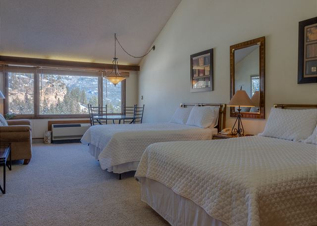 Tamarron Lodge #409 - Mtn Views - Golf - AC/Pool/Hot Tub - Ski Shuttle
