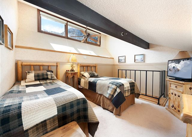 Twin Beds in Loft with TV