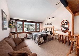 Tamarron Lodge #506 - Mtn Views - Golf - AC/Pool/Hot Tub - Ski Shuttle
