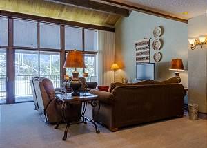 Tamarron Resort #713 - On Golf Course - AC/Pool/Hot Tub - Ski Shuttle