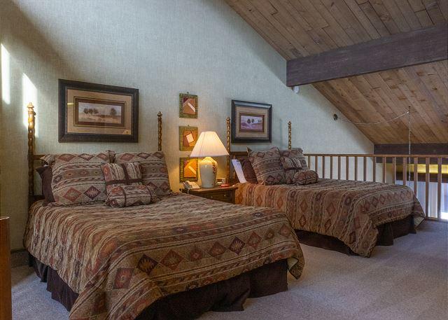 Two Queen Beds in Loft