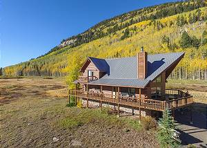New Listing! Classic Colorado Log Cabin - Unmatched Views of Engineer Mtn