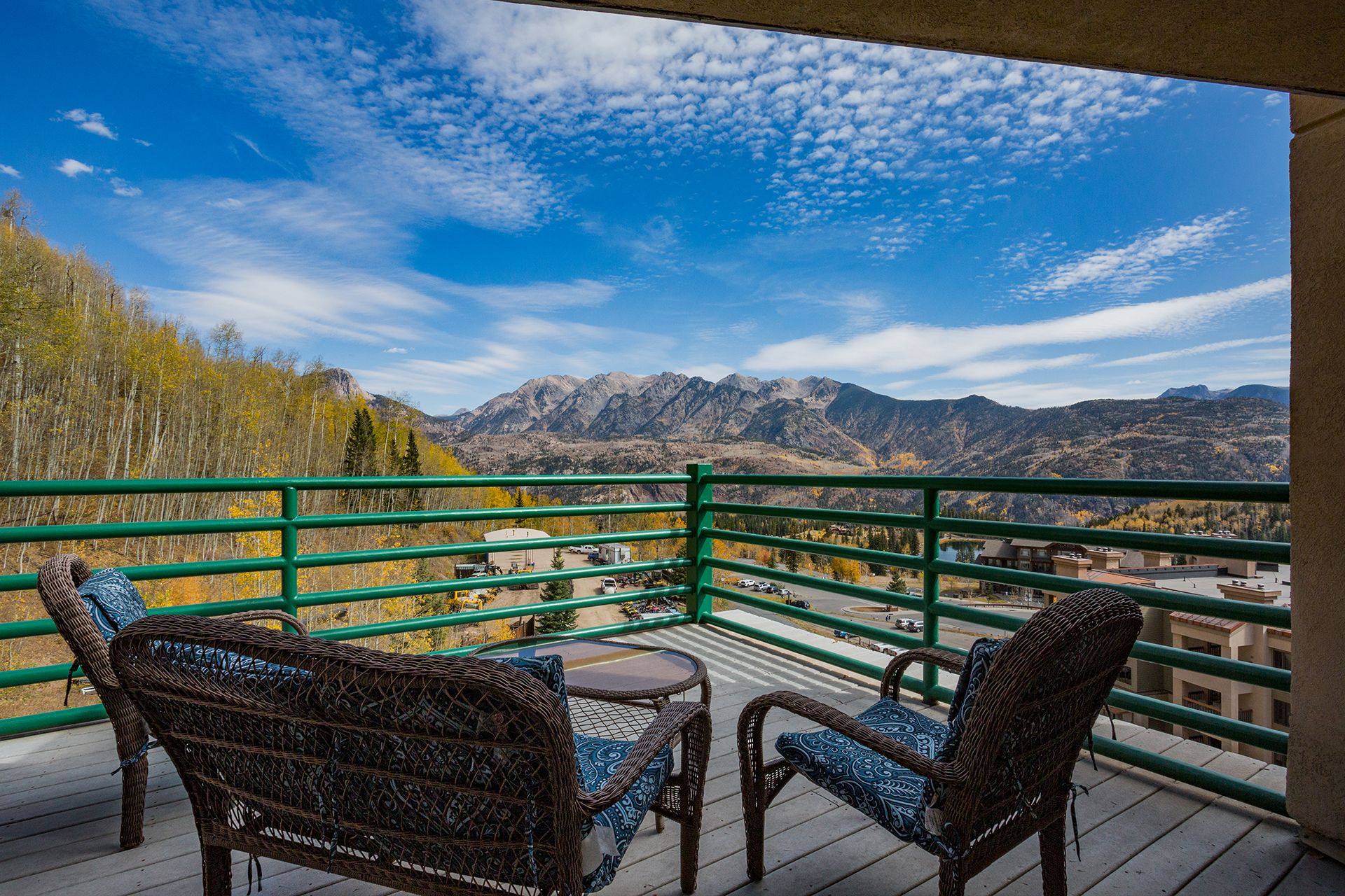 Corner Penthouse at Purgatory  Private Hot Tub - Huge Deck - Awesome Views