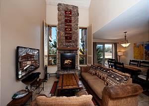 Cascade Village Condo w/Mountain Views - Heated Pool - Free Ski Shuttle