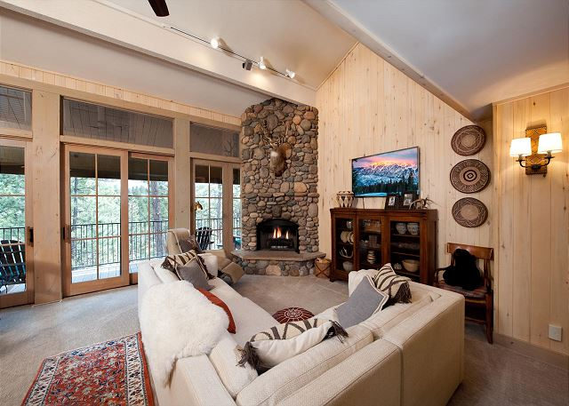 Comfortable Living Room with Fireplace, Large TV, Deck