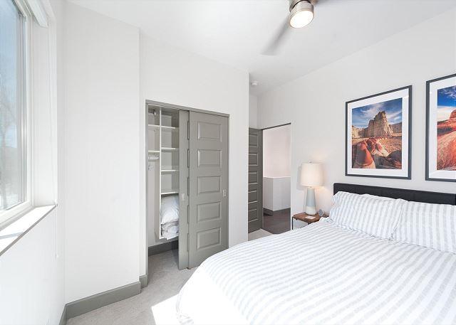 3rd Bedroom - Queen