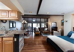 Tamarron Resort #787 - On Golf Course - AC/Pool/Hot Tub - Ski Shuttle