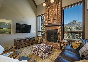 Completely Updated Condo with Mountain Views - Heated Pool - Free Ski Shuttle