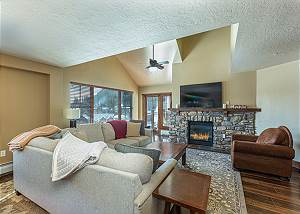 Penthouse in Purgatory Lodge - Views - Ski in/Out - Pool Table