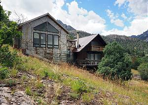 Recently Remodeled Cabin - In Town - Unbeatable Views