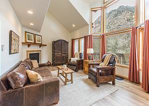 Newly Updated Condo - A/C - Pet Friendly! - Spectacular Views