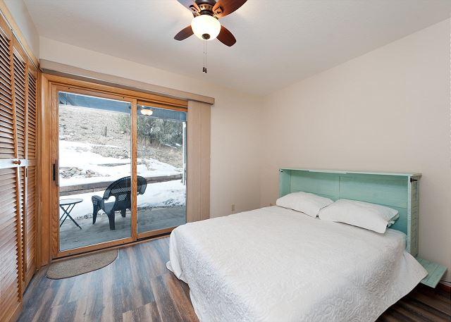 3rd Bedroom - Queen (Main level)