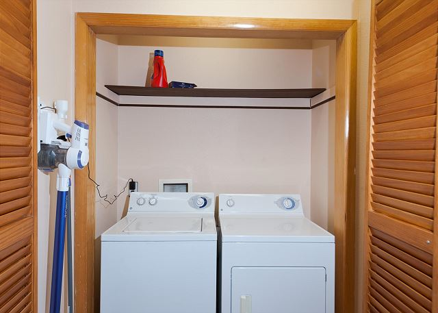 Full size washer/dryer located on the ground floor