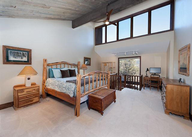Master Bedroom Upstairs Loft with TV