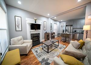 Updated Duplex - Perfect Getaway for 2