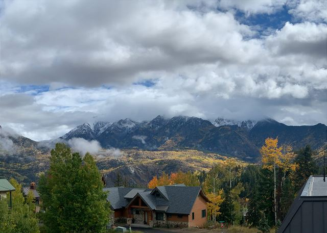 Views of the Needles Range from the deck  Fall colors