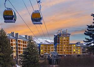 Riverfront Luxury Resort/Spa-Ski In/Ski Out Condo-Unmatched Top Floor Views