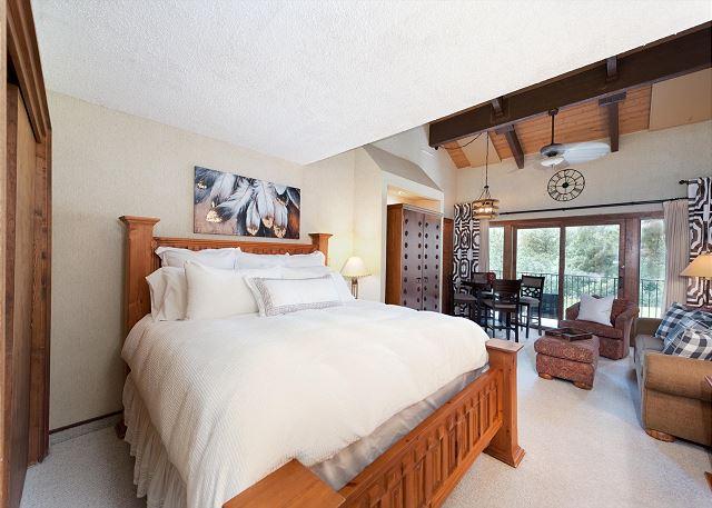 King Studio with Sleeper Sofa, Kitchen, Deck