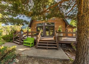 New Listing! Colorado Cabin - Minutes from Downtown Ouray - Pet Friendly
