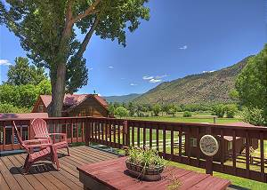 Large home with amazing views - 10 Minutes to Durango - Pool Table