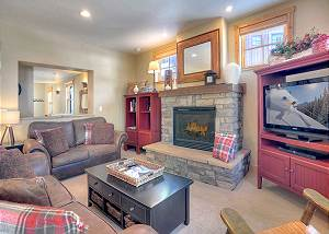 Black Bear Townhome Across from Purgatory (End Unit) - Free Shuttle