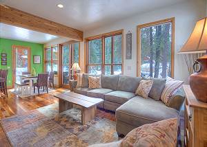 Creekside Retreat Waterfront Home 20 Minutes from Downtown Durango