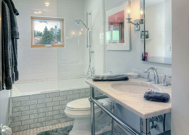 2nd Bathroom - Shared by 2nd and 3rd Bedrooms