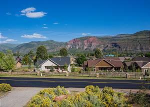 Mountain Contemporary Home - 12 Min. to Durango - Awesome Views - Central AC