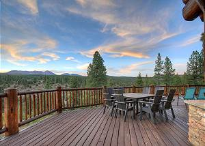 Luxury Log home on 40 Acres - Awesome Views and Decks - 7 Min to Durango