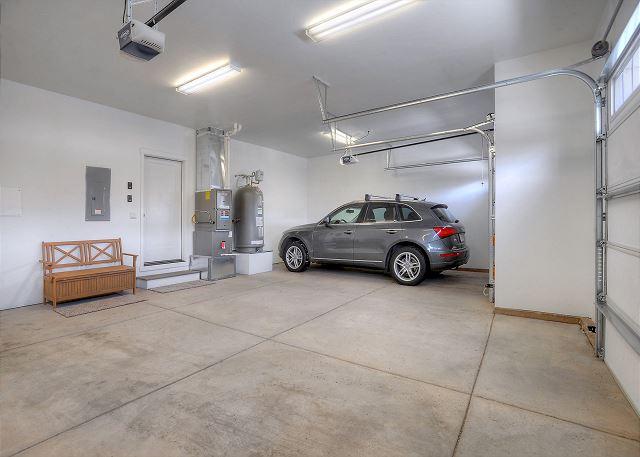 Garage - Parking for 3 vehicles
